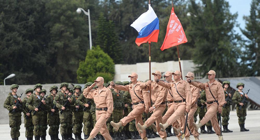Ensaio da Parada da Vitória na base aérea russa de Hmeymim, Síria