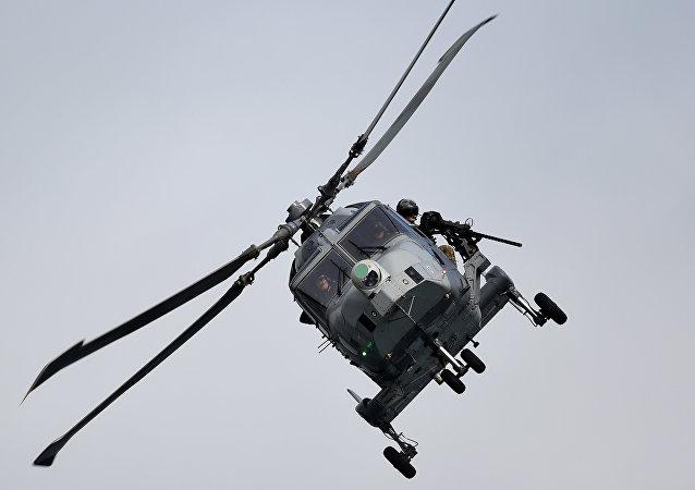 Helicóptero AW Linx Wildcat da OTAN durante ensaios militares