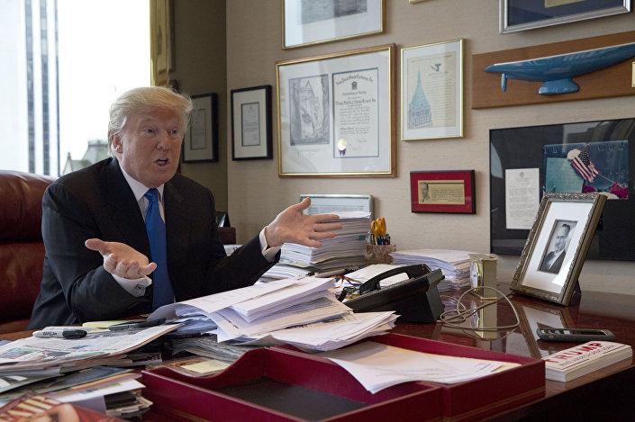 Donald Trump no seu escritório