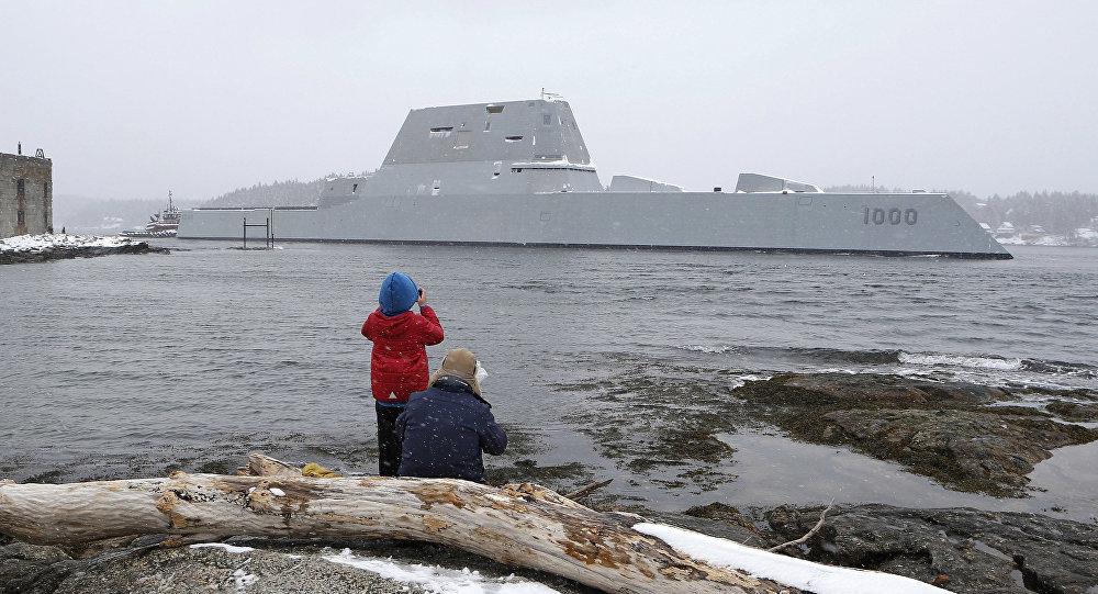 Contratorpedeiro USS Zumwalt