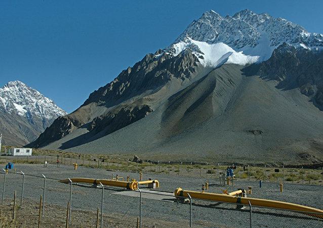 Instalações da companhia de gás natural GasAndes na cordilheira chilena, na fronteira com a Argentina