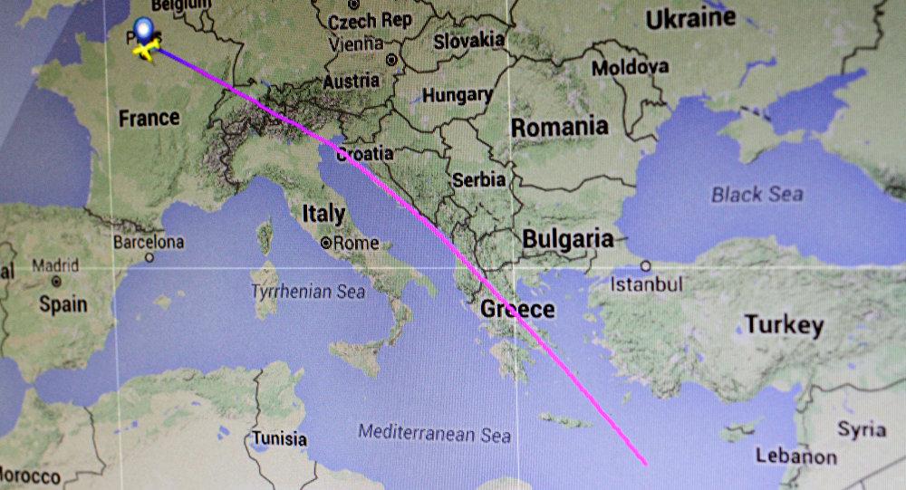 Rota aérea planejada do voo MS804 da EgyptAir - de Paris a Cairo