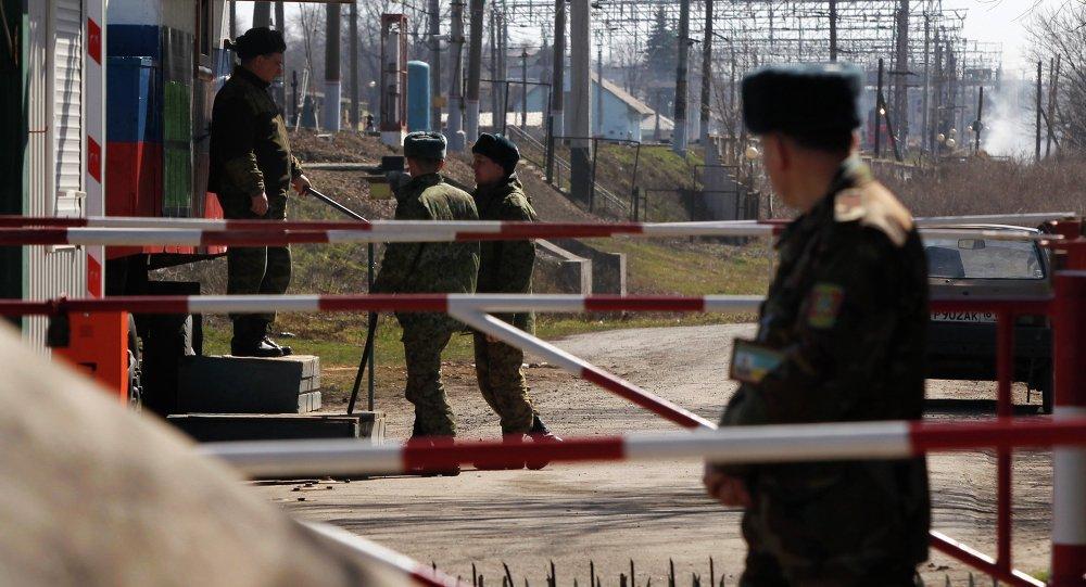 Informações ocidentais sobre as tropas russas perto de fronteira ucraniana são falsas, disse o Ministério da Defesa