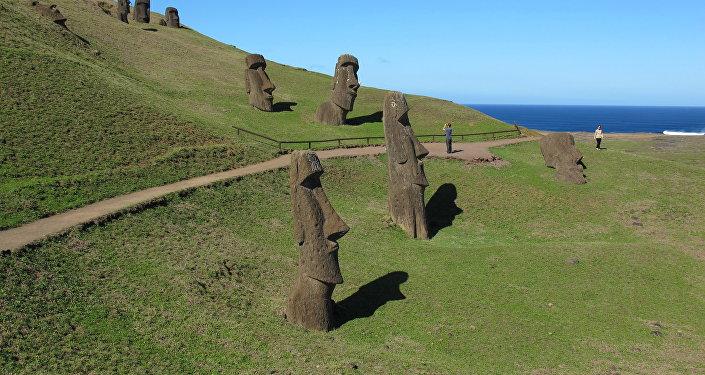 Moai, estátuas gigantescas da Ilha da Pascoa