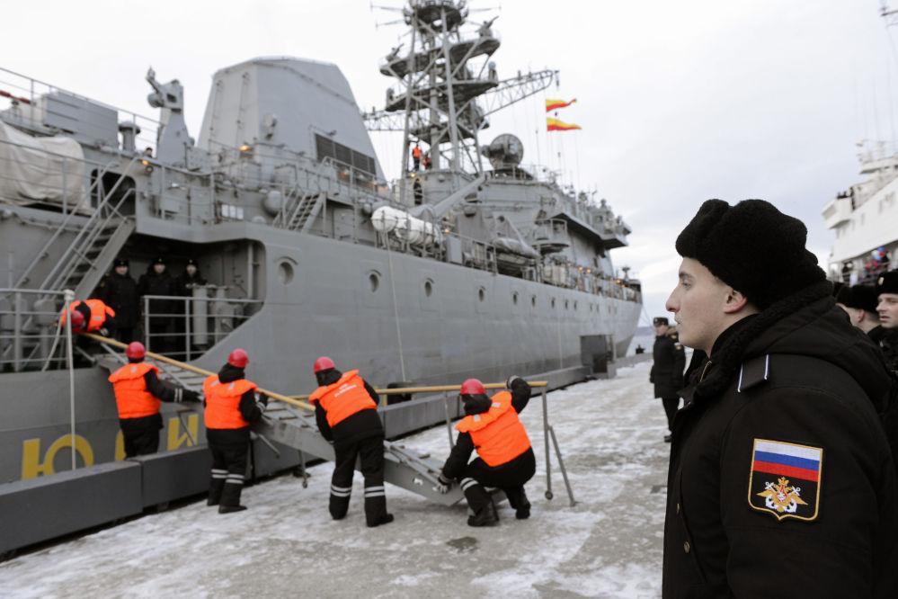 Chegada a Severomorsk do novo navio especial de comunicações Yuri Ivanov