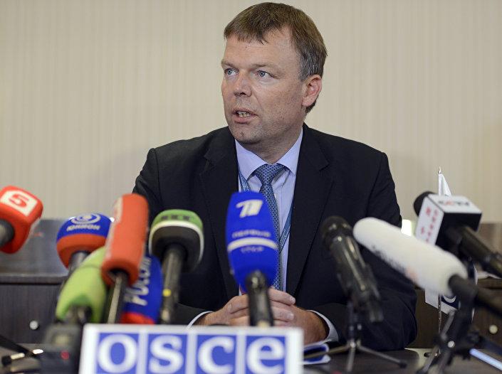 Alexander Hug, primeiro vice-chefe da Missão de Monitoramento da OSCE na Ucrânia
