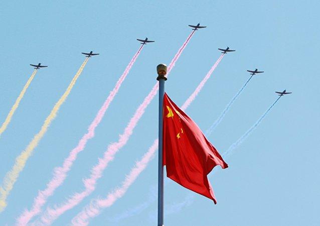 Aviação chinesa participa da parada militar em comemoração de 70 aniversário do fim da Segunda Guerra Mundial, Pequim, China, 3 de setembro de 2015