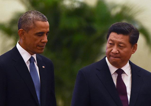 Presidente dos EUA Barack Obama com o presidente chinês Xi Jinping em 14 de novembro, 2014