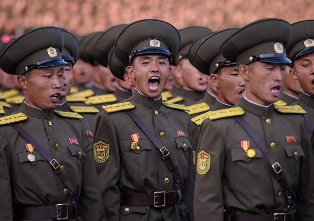 Militares norte-coreanos
