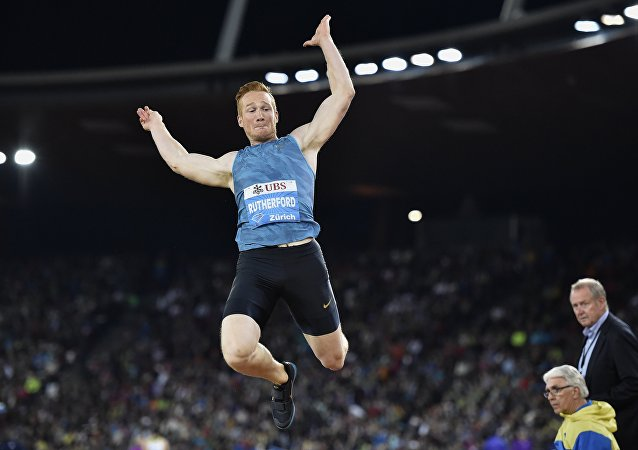 atleta britânico Greg Rutherford