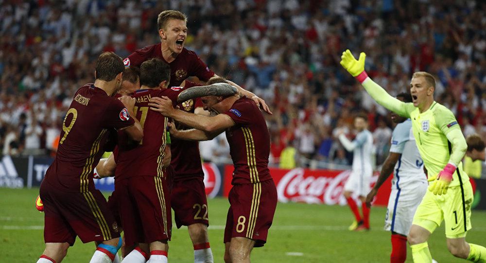 Vassili Berezutski empata para a Rússia contra a Inglaterra na Euro 2016