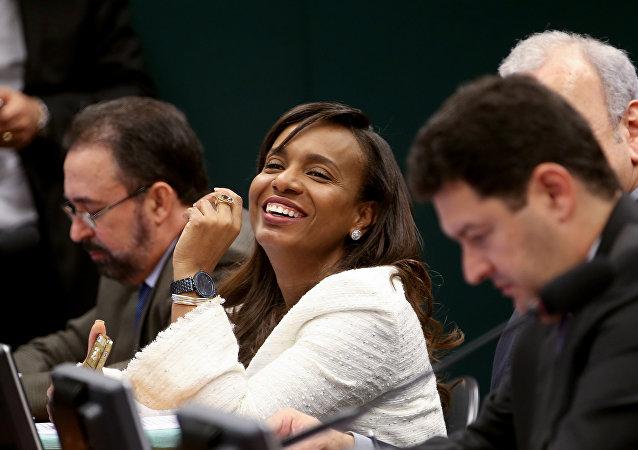Deputada Tia Eron vota à favor da cassação de Eduardo Cunha, no Conselho de Ética da Câmara