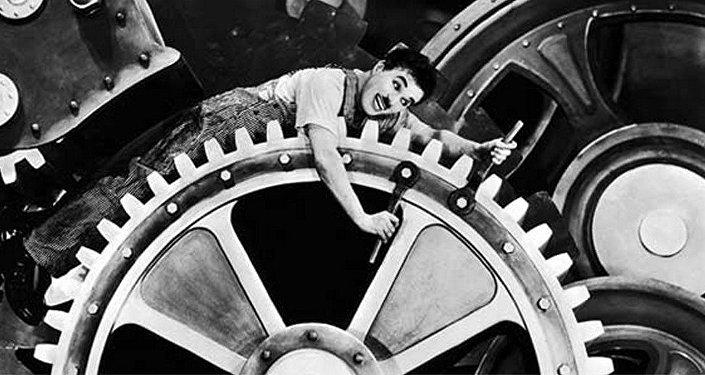 O Filme 'Tempos Modernos' de Charles Chaplin está na mostra.