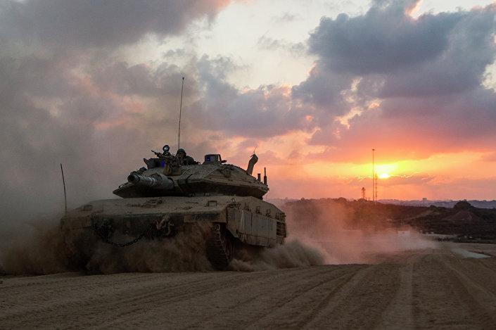 O tanque Merkava israelense