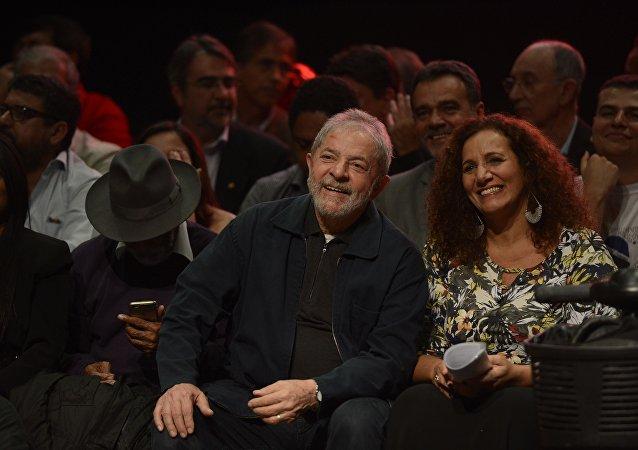 Jandira Feghali lança pré-candidatura à Prefeitura do Rio ao lado de Lula (arquivo)