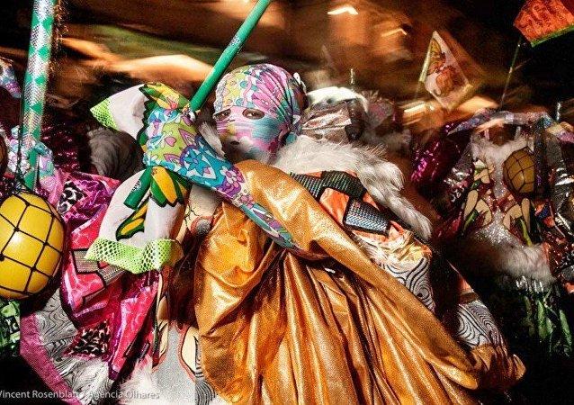 Exposição  'Bate-Bola – Rio Carnaval Secreto', de Vicent Rosenblat, no Sesc Madureira.