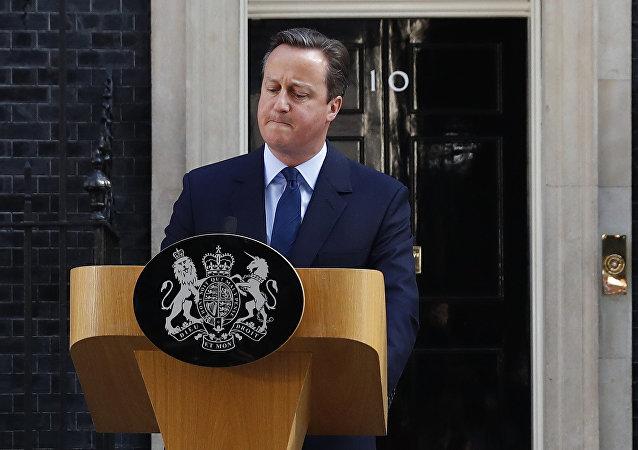 Primeiro-ministro britânico David Cameron faz discurso depois de terem sido divulgados os resultados do referendo, Londres, Reino Unido, 24 de junho de 2016