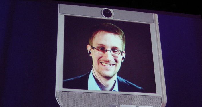 Snowbot de Edward Snowden