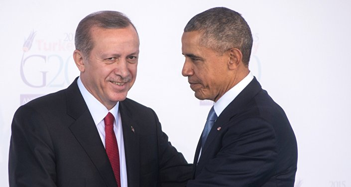 Presidente turco Recep Tayyip Erdogan e o presidente norte-americano Barack Obama durante a cúpula do G20 em Antália, Turquia, novembro de 2015