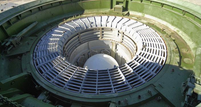 Lançamento de míssil balístico intercontinental do cosmódromo Baikonur, Cazaquistão (foto de arquivo)