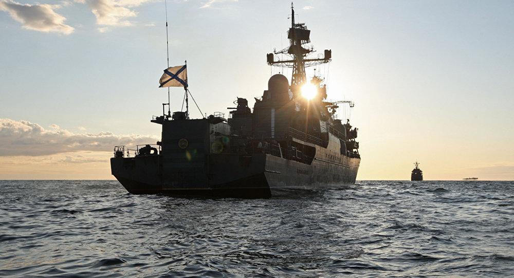 """Novo dispositivo capaz de """"cegar"""" armas inimigas para Marinha da Rússia"""