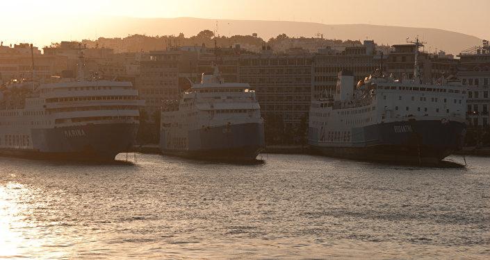 Pireu, Grécia. País é um dos possíveis destino do submarino russo-chinês