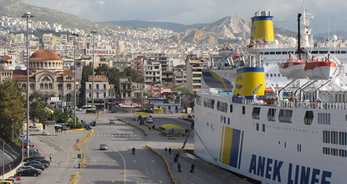 O porto de Pireus Grécia