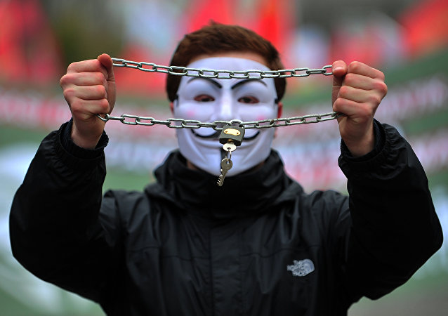 Um simpatizante do Anonymous