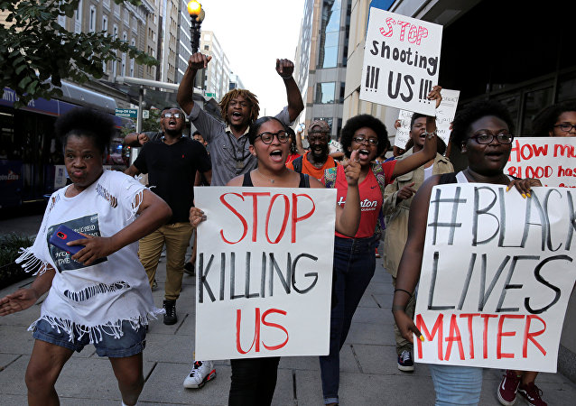 Manifestantes do movimento Black Lives Matter em Washington