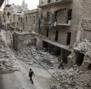 Cidade síria de Aleppo após bombardeamentos, 2 de maio 2016