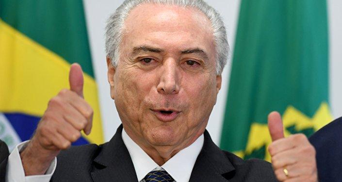 Presidente interno do Brasil Michel Temer durante a reunião no Palácio do Planalto, Brasil, 13 de julho de 2016
