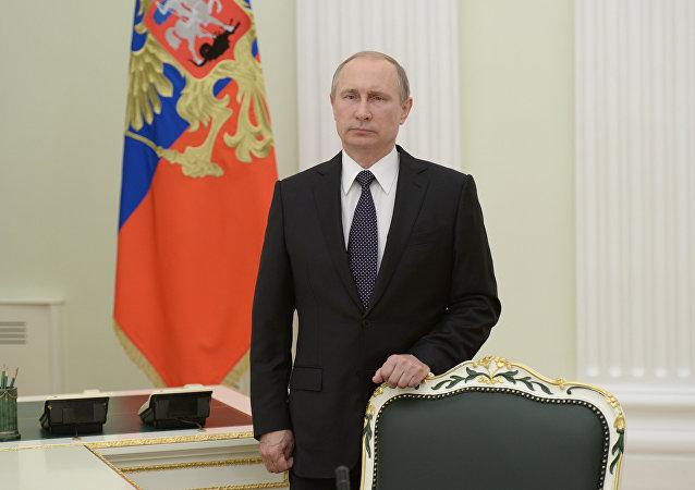 Presidente russo Vladimir Putin faz um discurso pela televisão enviando uma mensagem para o presidente francês François Hollande e o povo da França em relaçaõ ao atentado em Nice, Moscou, Rússia, 15 de julho de 2016