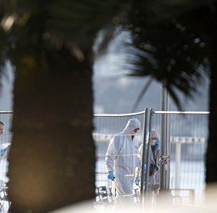 Investigação da polícia científica da França em Nice