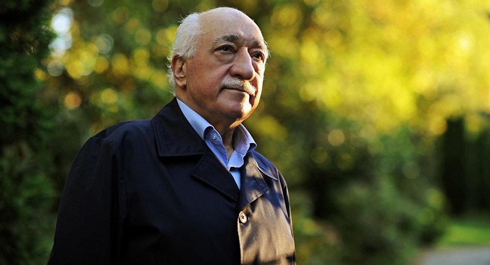 O homem público, ex-imã e pregador Fethullah Gulen