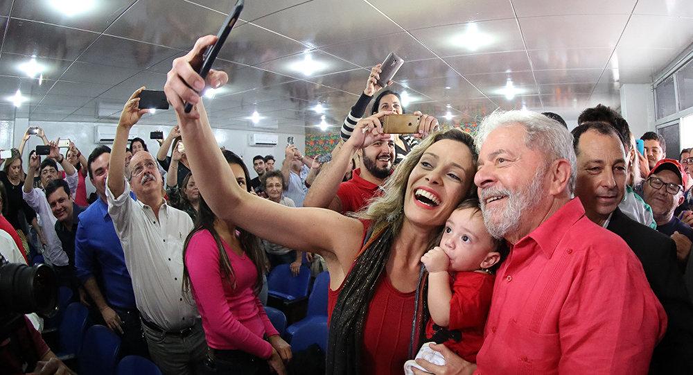 Lula em Ato da Frente Brasil Popular em Caruaru