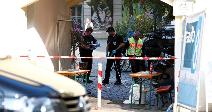 Polícia alemã no local do atentado em Ansbach