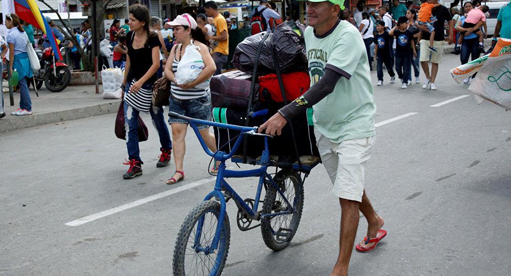 Crise alimentar da Venezuela agitando comércio na área de fronteira com o estado de Roraima