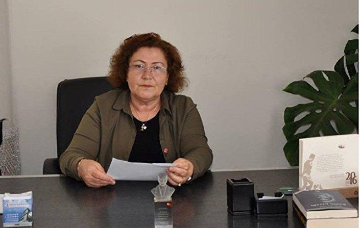Selver Kaplan, a chefe da filial do partido Pátria na região turca de Adana