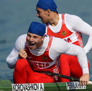 Atletas de remo da Rússia