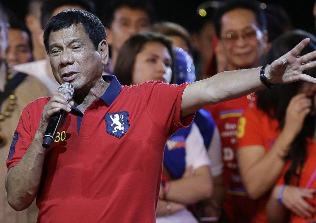 Futuro presidente filipino, Rodrigo Duterte, durante sua campanha eleitoral em Manila, Filipinas, May 7, 2016.