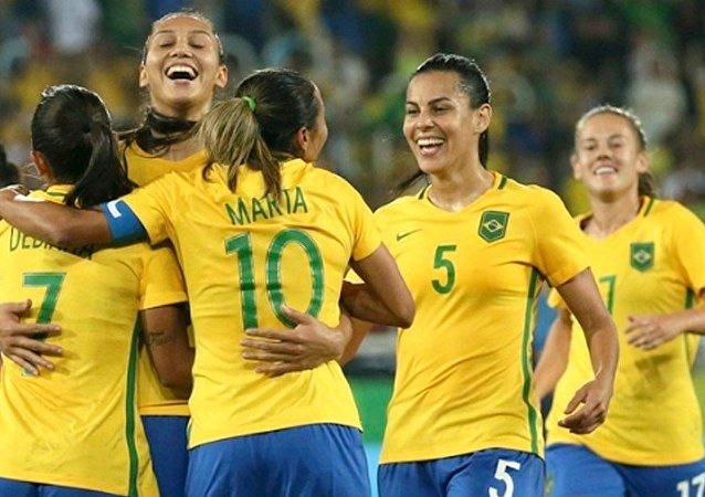 Futebol feminino do Brasil goleia Suécia