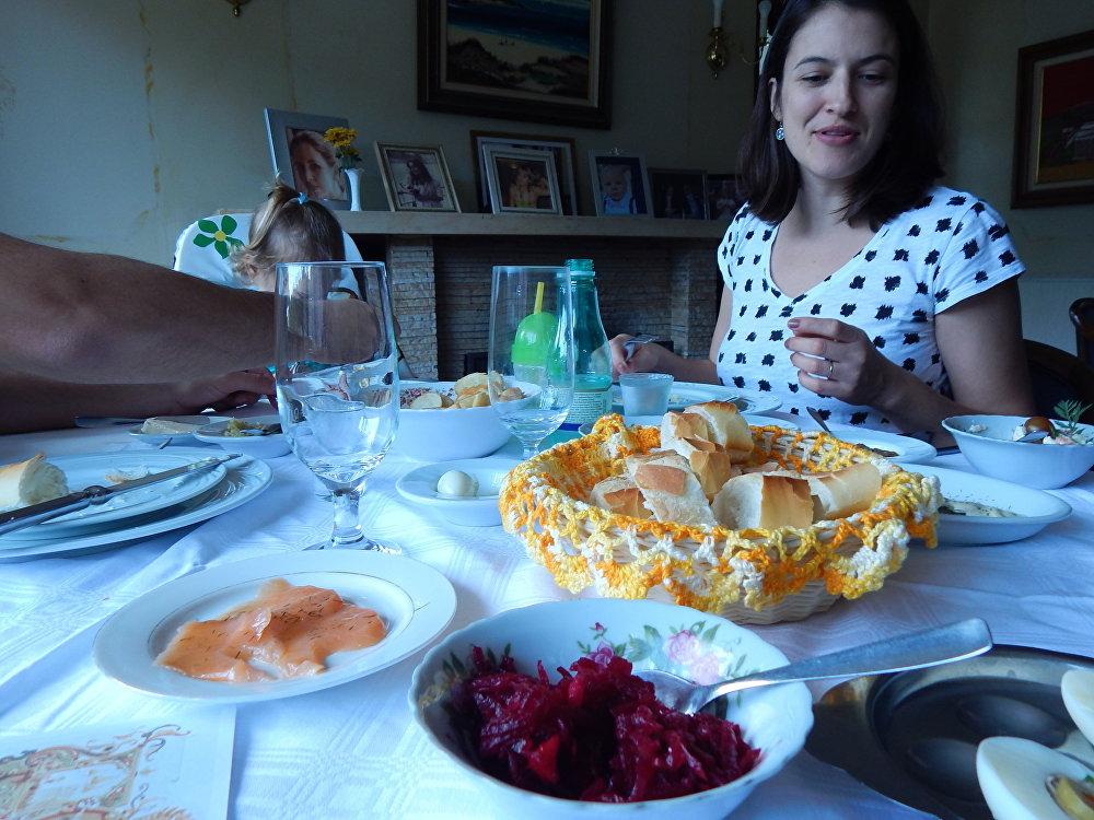 Banquete, como na época dos czares, deve ser saboreado em quatro etapas