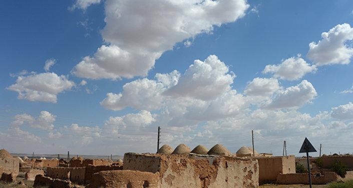 Edifícios de argila na cidade de Aleppo, Síria (foto de arquivo)