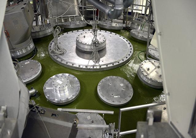 Interior do Centro de Estudos Científicos e Técnicos da Aquitânia (CESTA/CEA) dedicado à criação de armas nucleares, Barp, França (foto de arquivo)