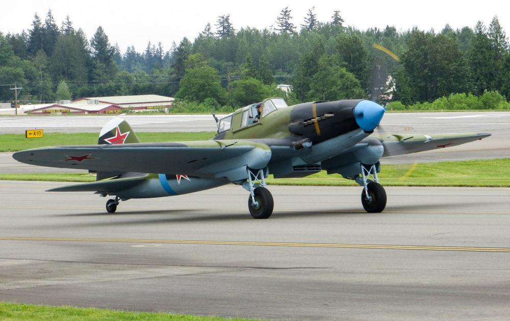 Il-2 foi uma aeronave de ataque ao solo, utilizada durante a Segunda Guerra Mundial. Conhecida como Corcunda, Tanque voador ou ainda Soldado de infantaria voador, ela teve participação crucial na Frente Oriental.