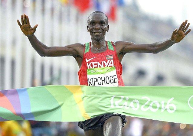 O Queniano Eliud Kipchoge vence a maratona na Rio 2016
