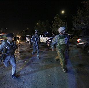 Forças de segurança do Afeganistão reagem a ataque extremista no campus da Universidade Americana na capital Cabul
