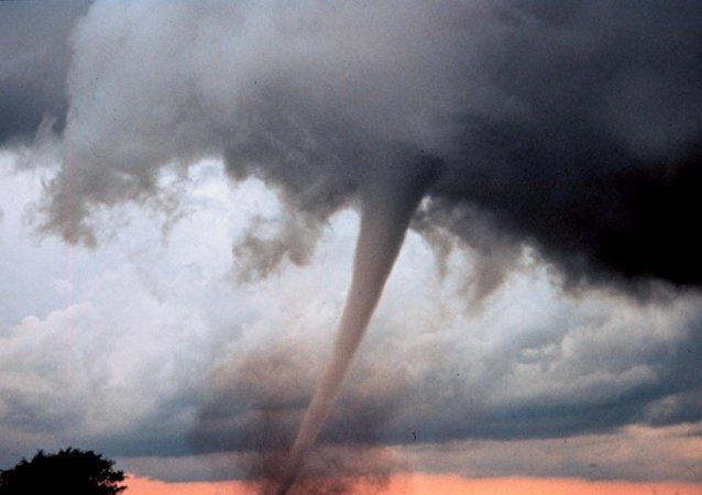 tornado (foto de arquivo)