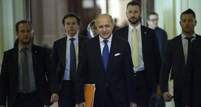 Chanceler francês Laurent Fabius durante uma pausa nas negociações do sexteto sobre o problema nuclear iraniano em 31 de março de 2015