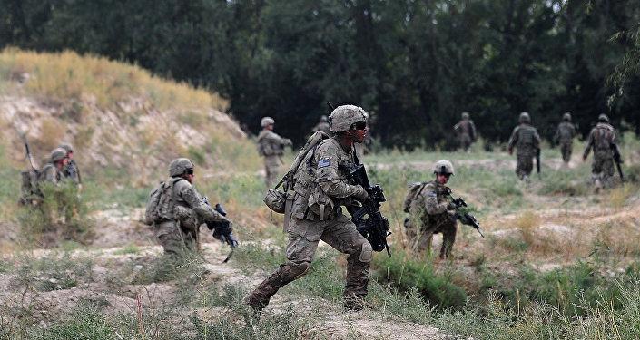 Soldados da 173ª brigada de paraquedistas dos EUA no Afeganistão